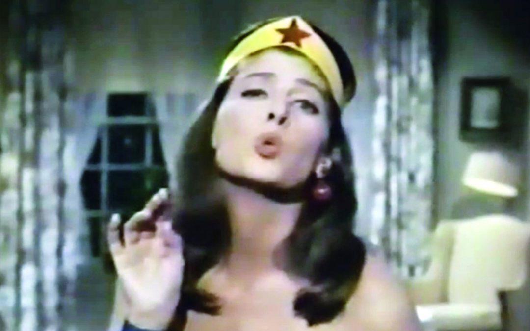 """El horroroso piloto de la serie """"Mujer Maravilla"""" de los años 60"""